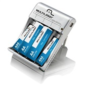Carregador de Pilhas com Saída USB AA e AAA com 4 Pilhas Bivolt CB073 1 UN Multilaser