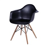 Poltrona Eames Base Madeira Preto 1 UN OR Design